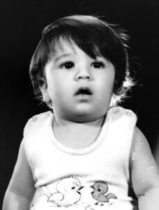 تصویر کودکی ناصر حکیمی