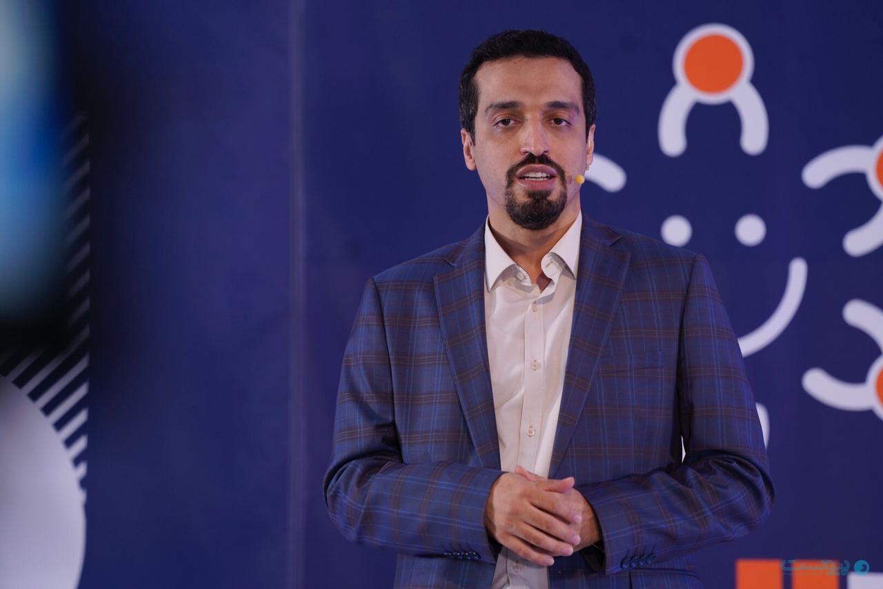 علی رسول زاده مدیرعامل شرکت پارت - ارائه در مورد احراز هویت غیرحضوری